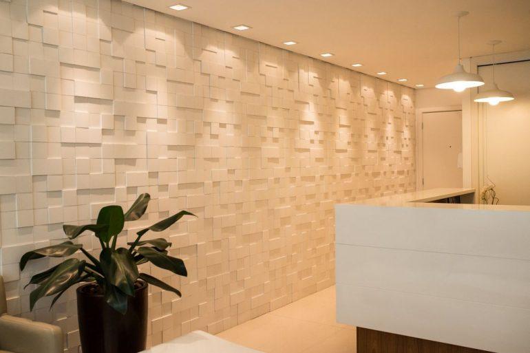 parede 3d - parede com revestimento 3d e luminárias metálicas - Moussi Arquitetura