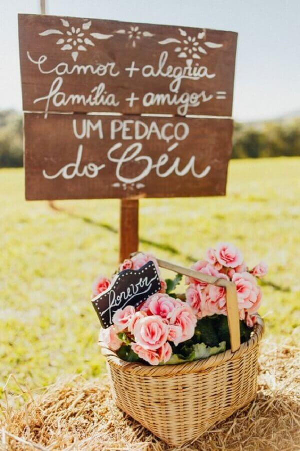 plaquinhas decorativas para festa de casamento no campo Foto Wedding Ideas Brides