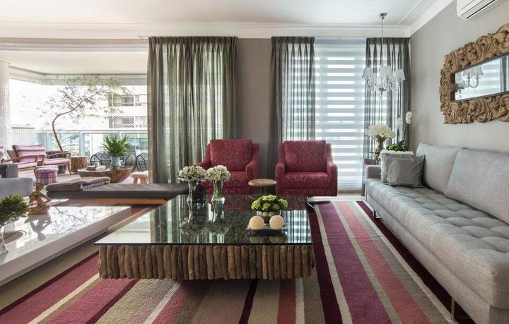 poltrona vermelha - sala de estar com poltrona vermelha e tapete
