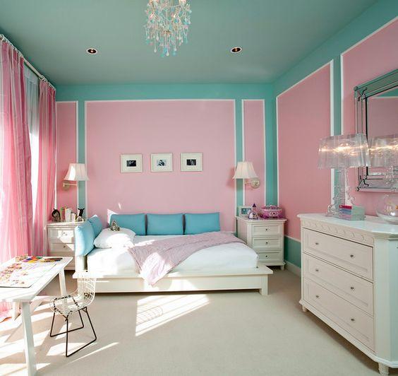 Quarto azul e rosa para meninas criativas e divertidas