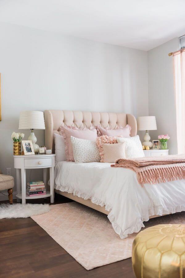 quarto rosa e cinza