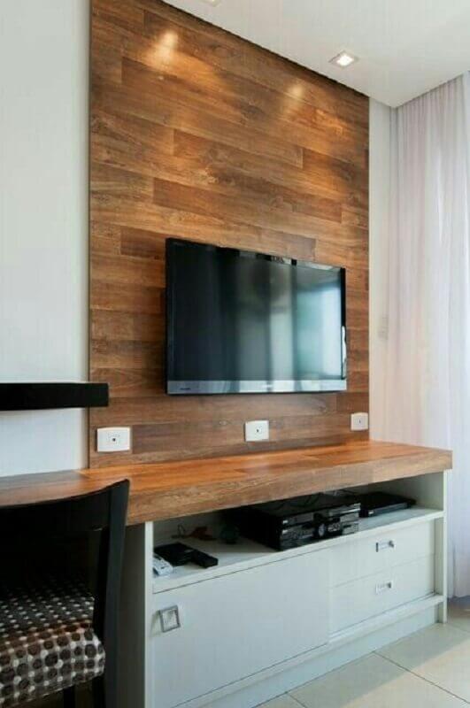 rack com painel de madeira Foto Bernal Projetos