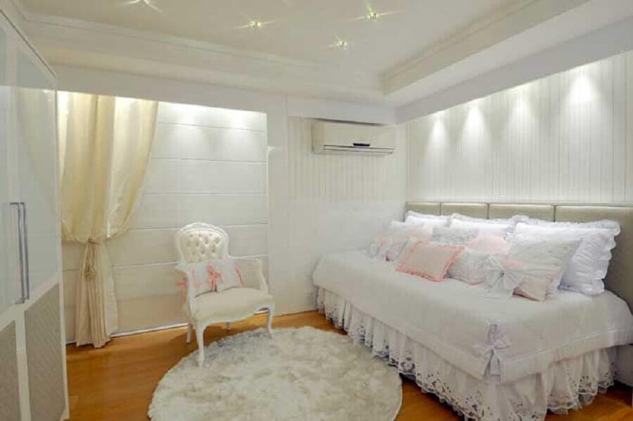 saia com detalhes em renda para cama box solteiro Foto Casa de Designer