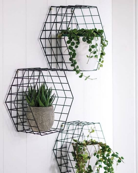 Suporte para plantas moderno com vaso de plantas e suculentas