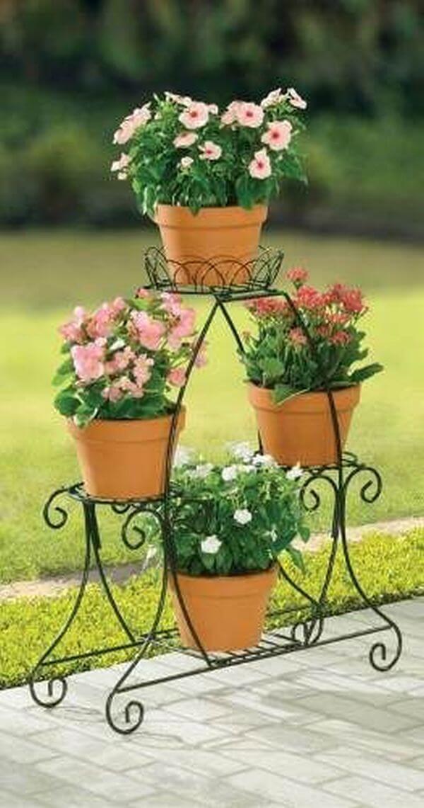 Suporte para plantas de ferro com flores lindas
