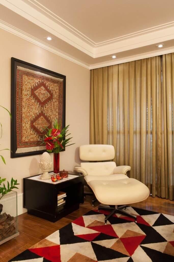 tapete colorido - sala de estar com quadro de tapete