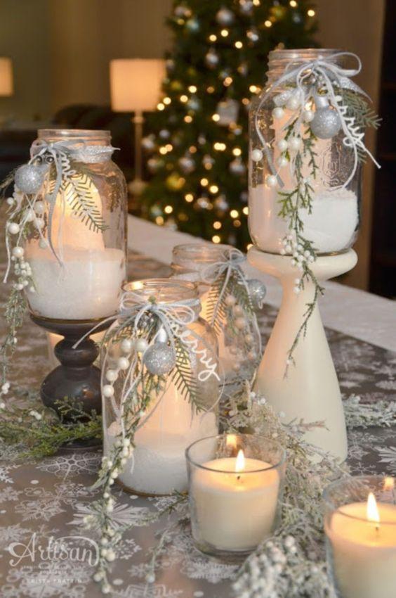 velas de natal - mesa com velas brancas simples