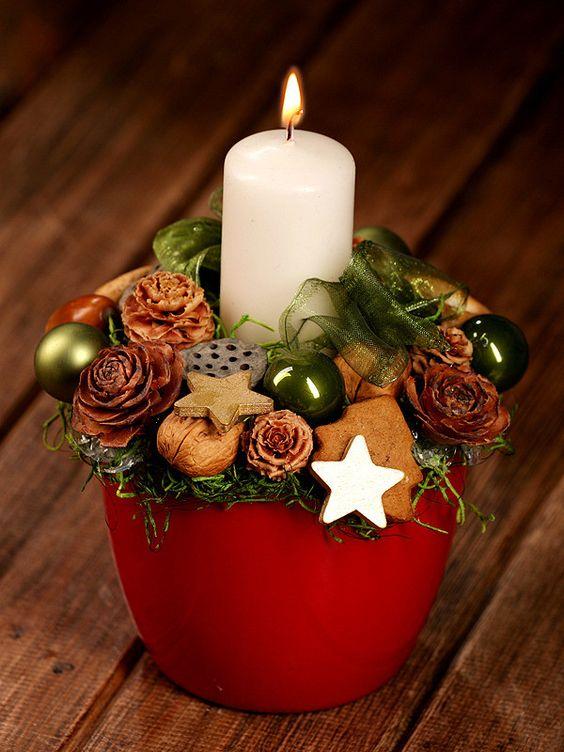 velas de natal - vaso com vela e flores