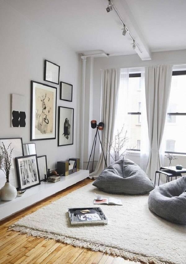 Acomode os ocupantes da sala de estar com puff gigante