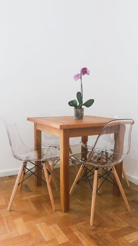 Cadeira eames transparente para sala de jantar