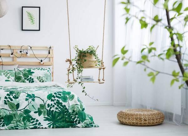 A Hera é uma das plantas para quarto que deve ser cultivada de forma suspensa