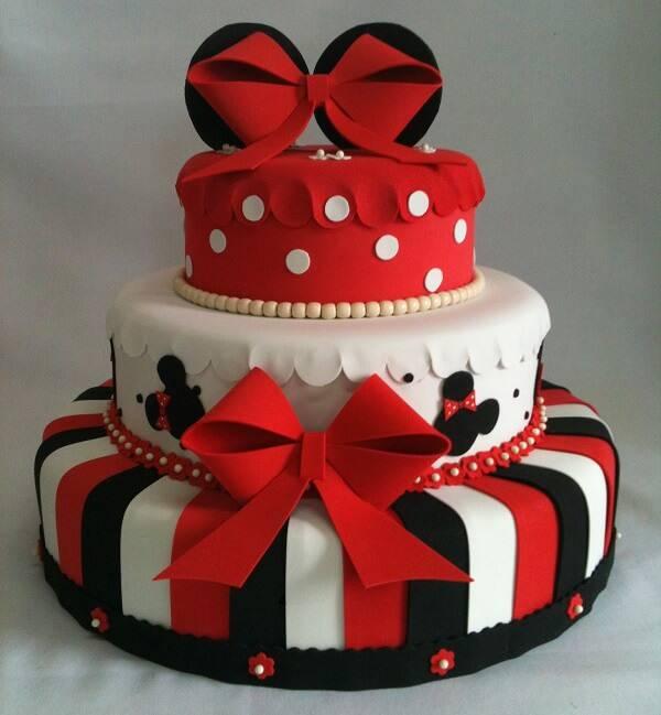 Minnie's cake fake model