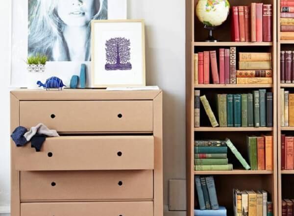 Móveis de papelão dão um show de charme no ambiente como esta cômoda