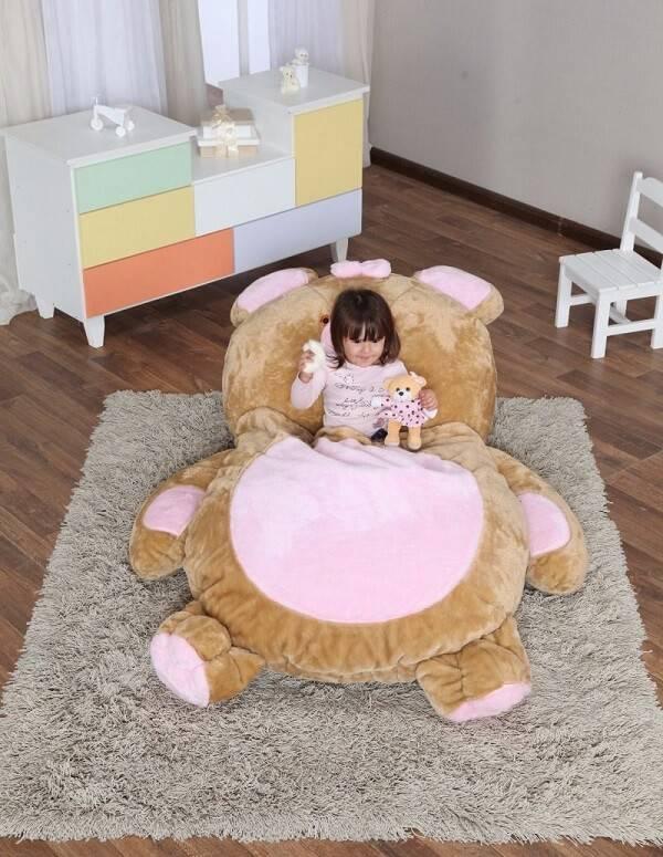 Puff gigante para dormir em formato de urso para brinquedoteca