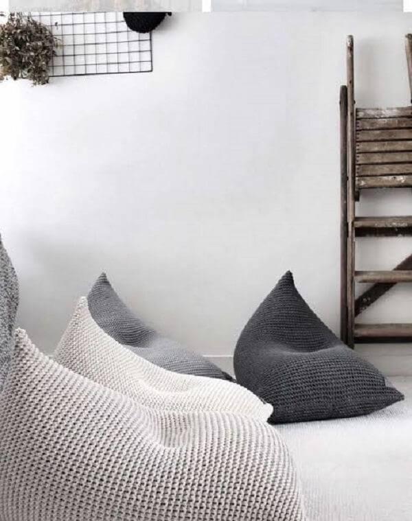 Modelos de puff tricô gigante