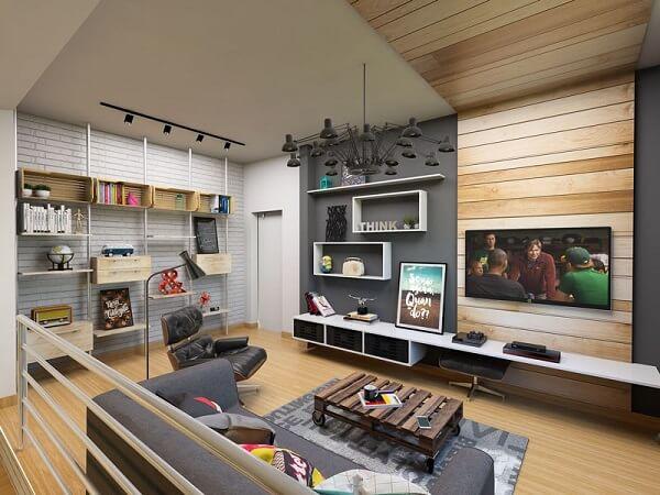 Poltronas para sala de tv e painel de madeira