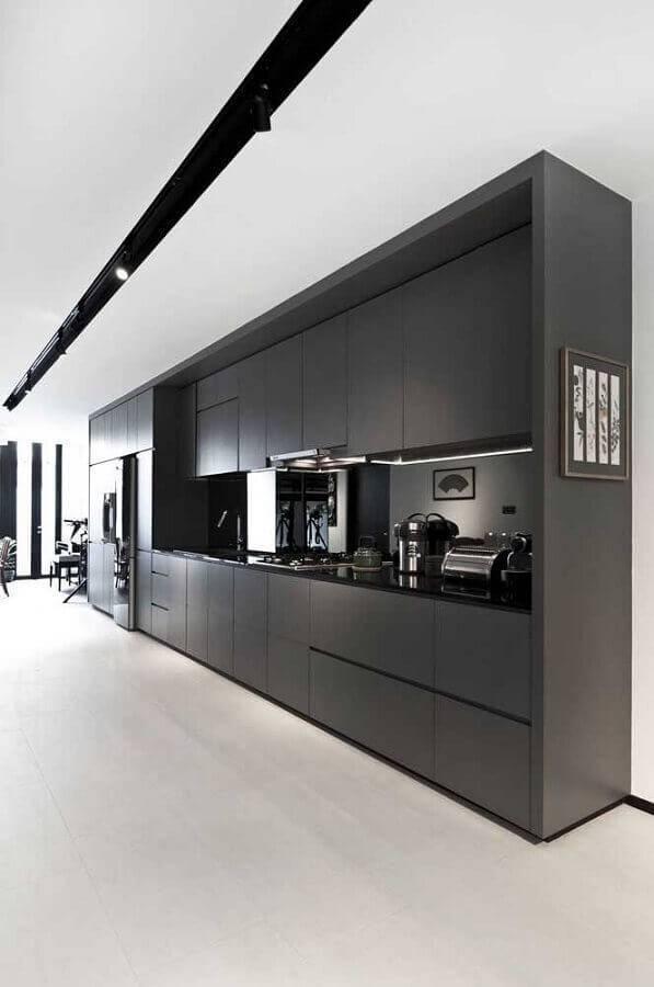 armário de cozinha grande preto Foto JERA Arquitetura e Engenharia