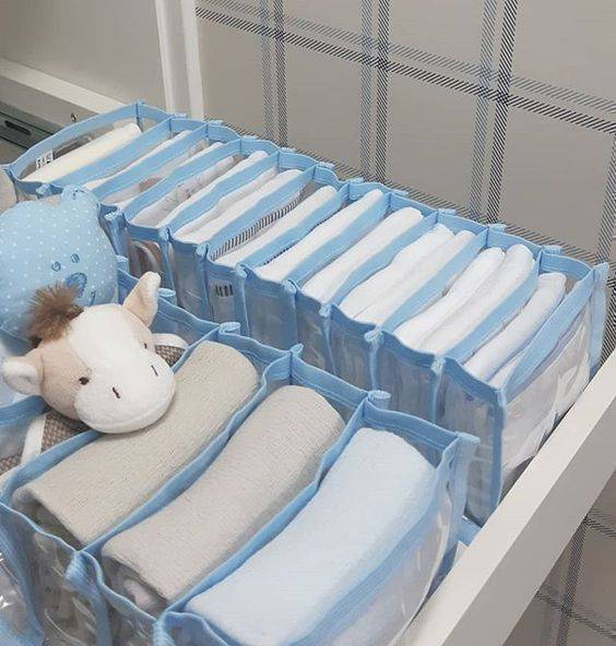colmeia organizadora - colmeia azul para roupas infantis