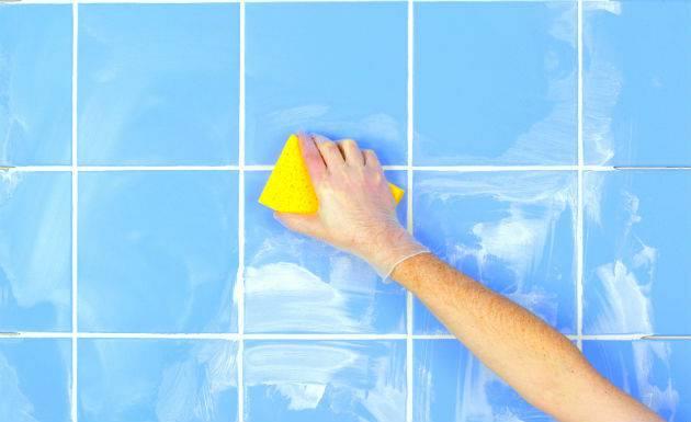 Como limpar rejunte de banheiro