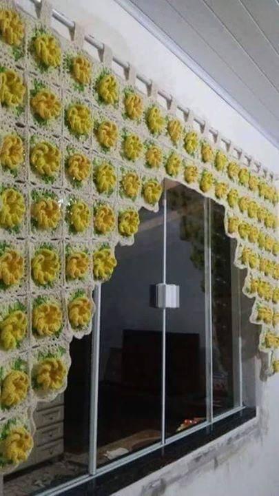 cortina de crochê - cortina com flores amarelas