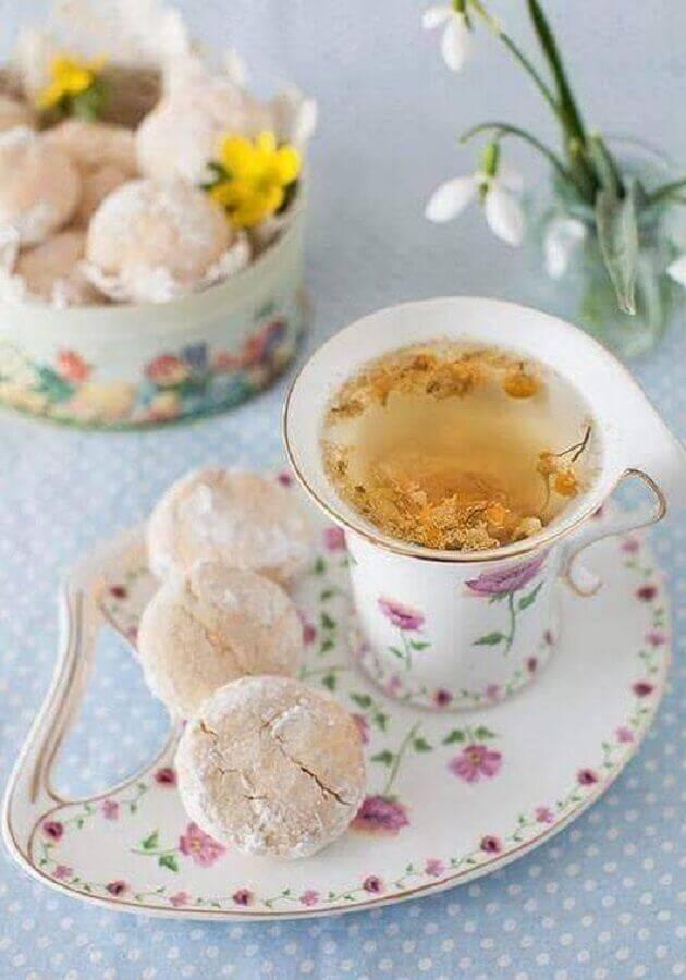 decoração com louças delicadas para mesa de café da manhã chique Foto Formosa Casa