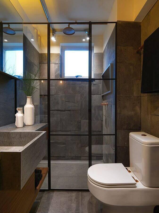 decoração para banheiro pequeno planejado cinza Foto Studio Marcio Michaluá