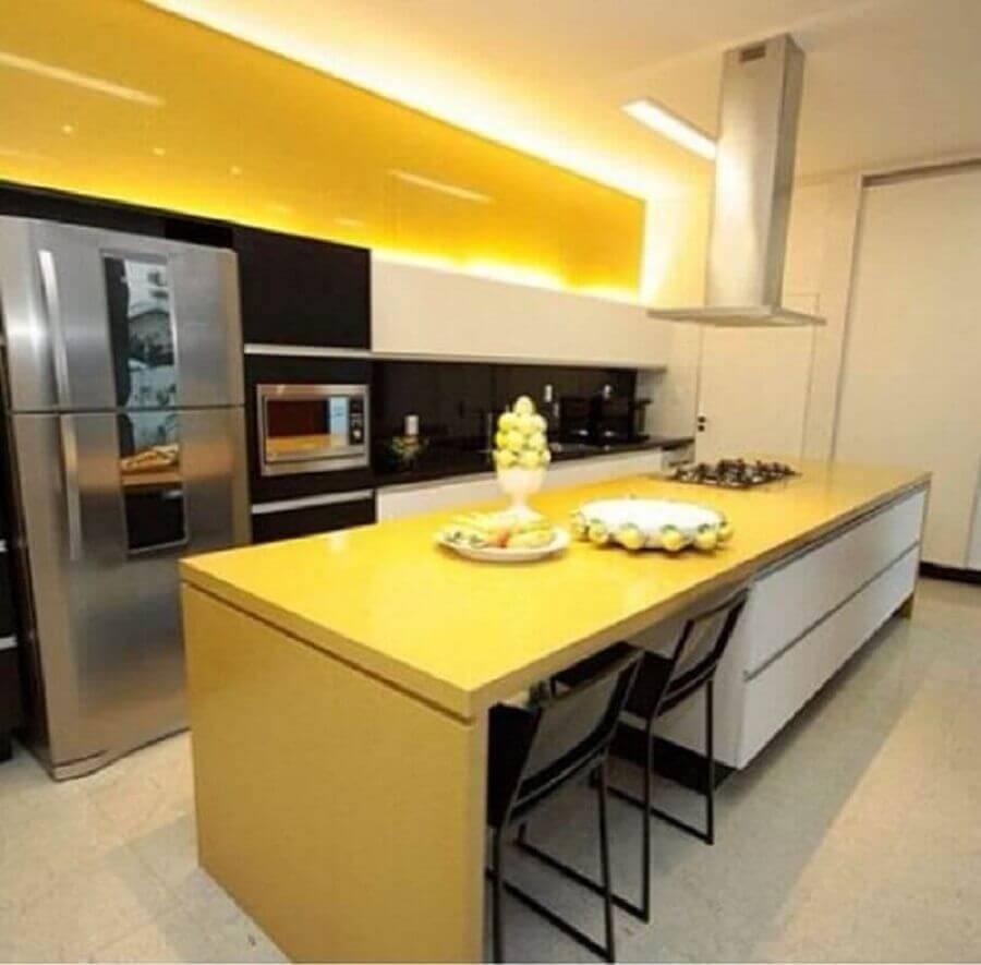 decoração para cozinha americana grande amarela Foto Pinterest