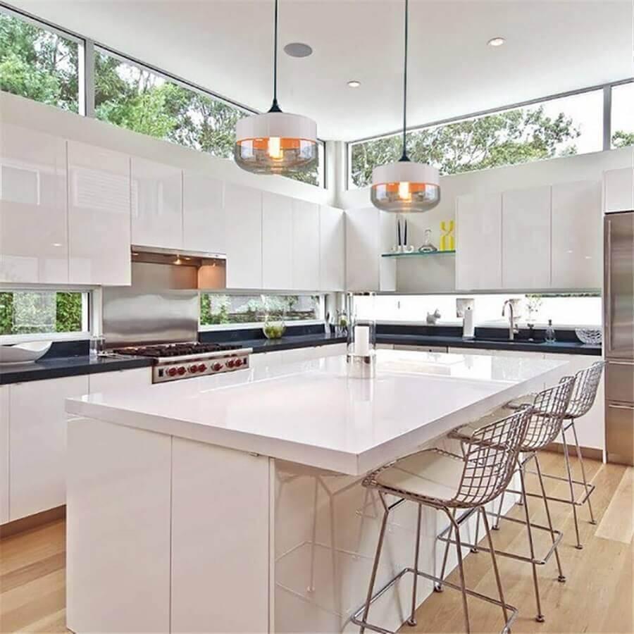 decoração para cozinha grande toda branca com ilha Foto DHgate