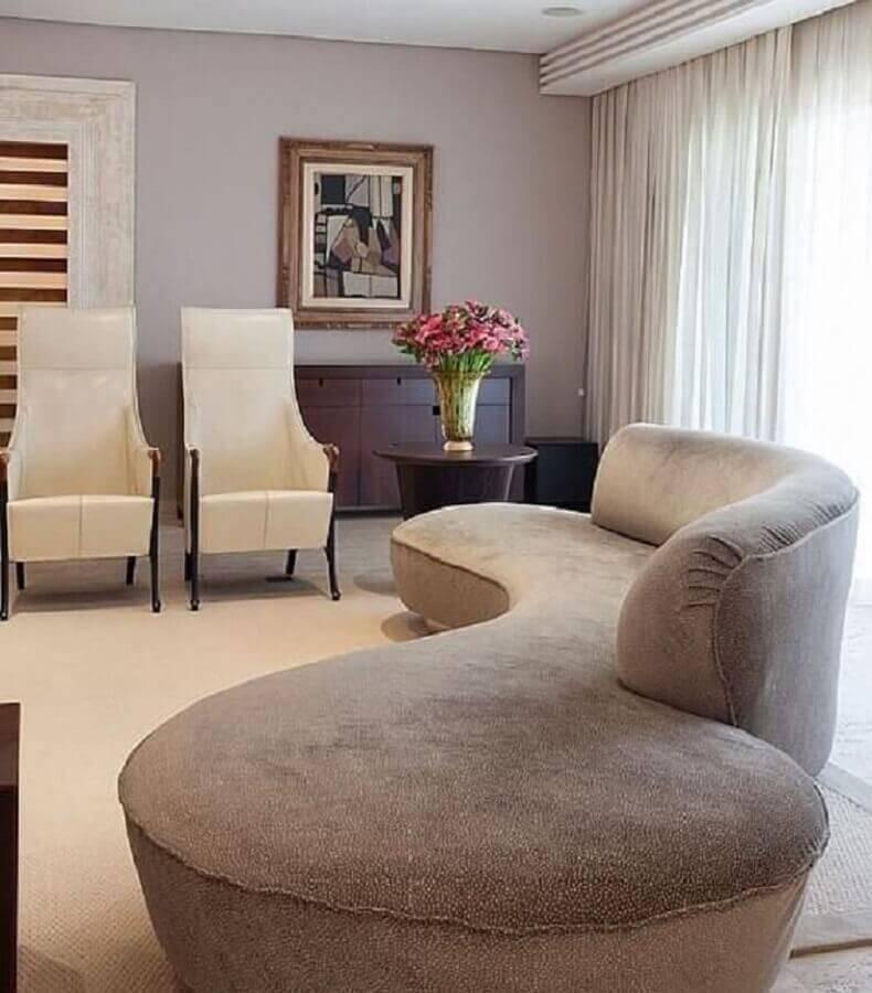 decoração sofisticada para sala com sofá sem braço moderno Foto Denise Barreto