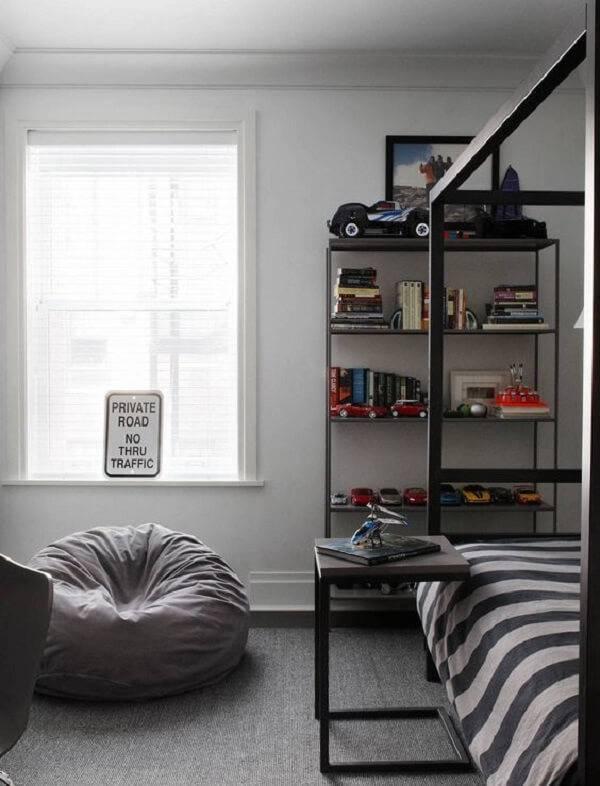 Complemente a decoração do quarto incluindo um puff gigante e desfrute do seu conforto
