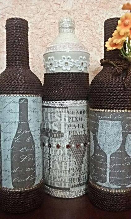 garrafas decoradas com barbante - garrafas com barbantes escuros