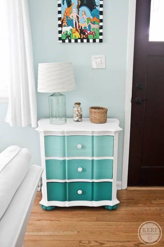 gaveteiro colorido