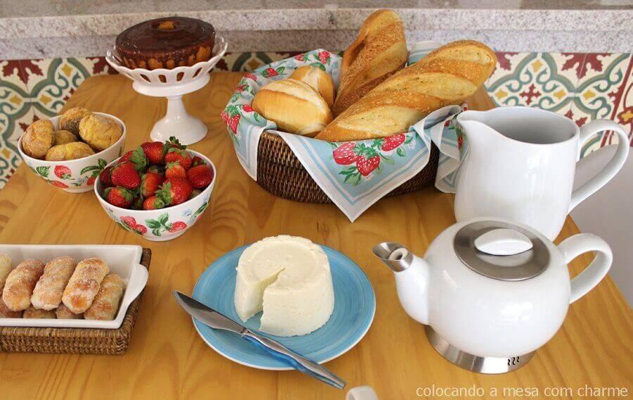 ideia para mesa de café da manhã simples Foto A mesa com charme