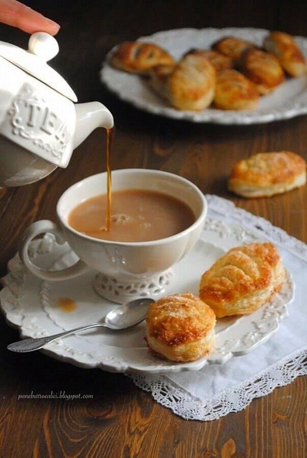 ideias para mesa de café da manhã Foto Pane Burro e Alici