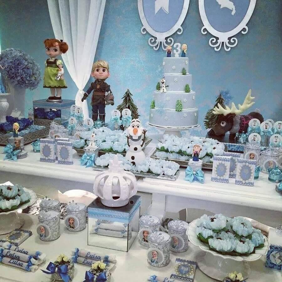 linda decoração para mesa de doces aniversário festa da frozen Foto Daniela Ursino