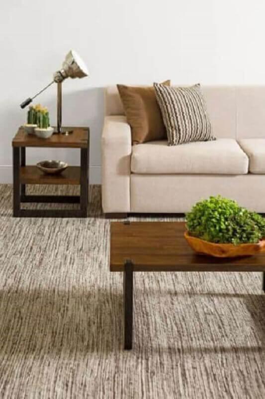 mesa de apoio para decoração de sala em cores neutras Foto Codecorar