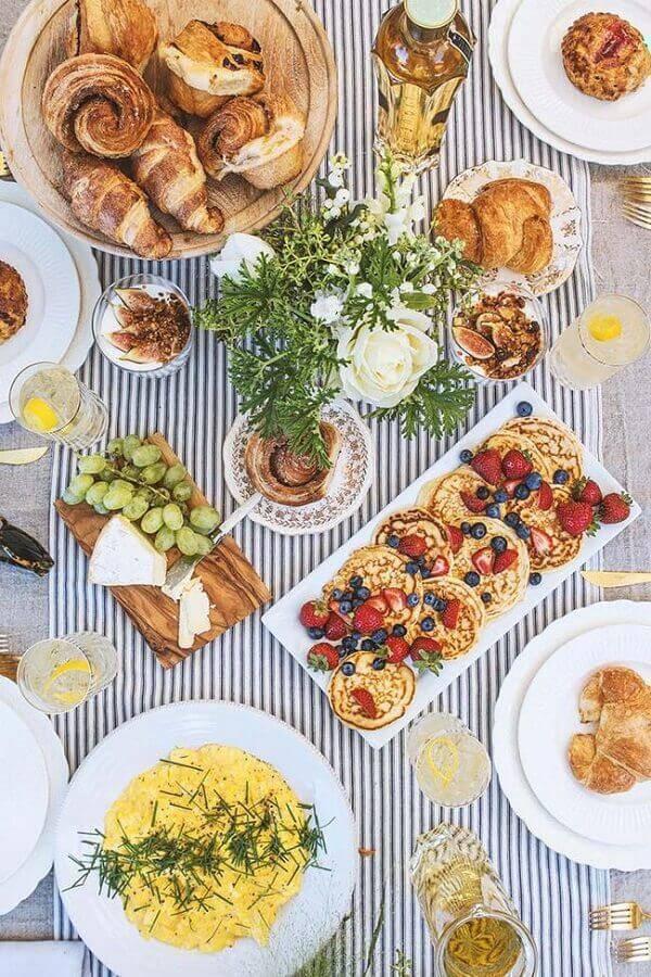 mesa de café da manhã decorada Foto Espaço Dividido