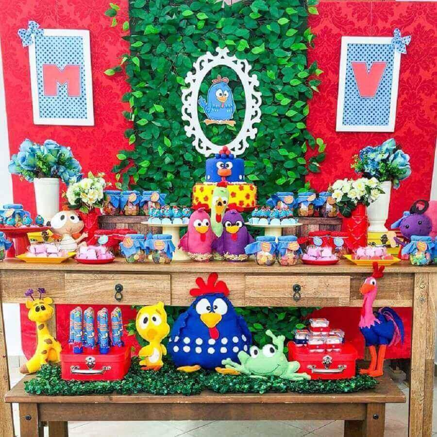 mesa de festa de aniversário para festa da galinha pintadinha Foto Prics Decorações
