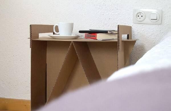 Os móveis de papelão auxiliam na organização do ambiente
