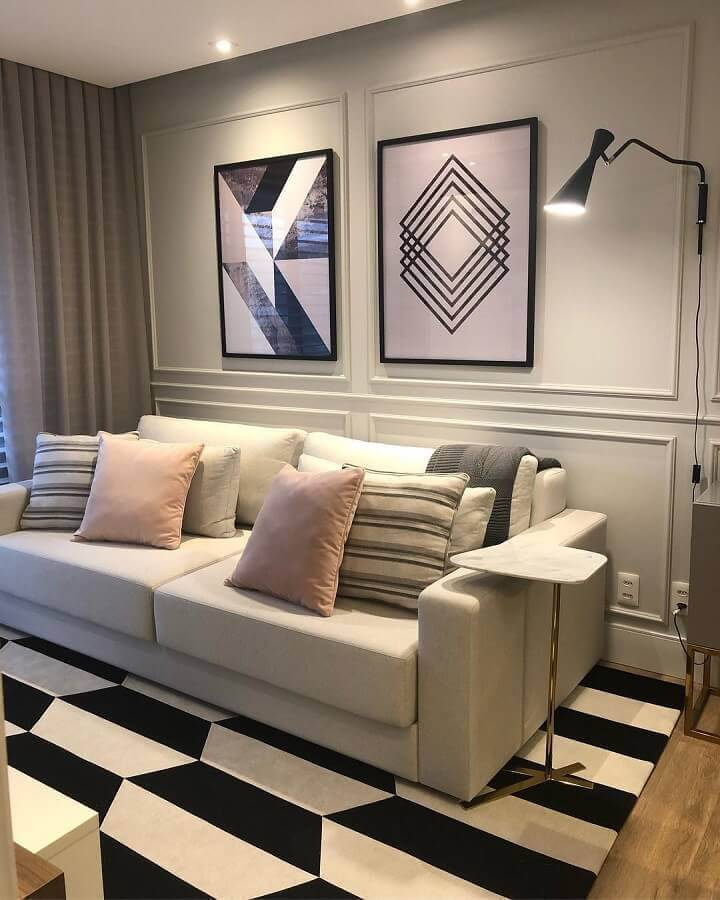 modelo de mesa de apoio para sofá com tampo de mármore Foto Juliana Anger