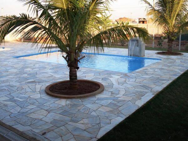 Pedra mineira caco para piscina