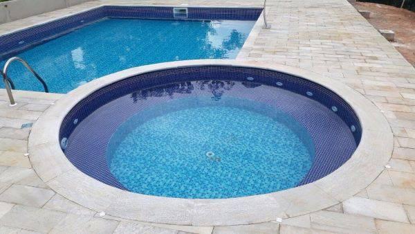 Pedra são tomé para borda de piscina