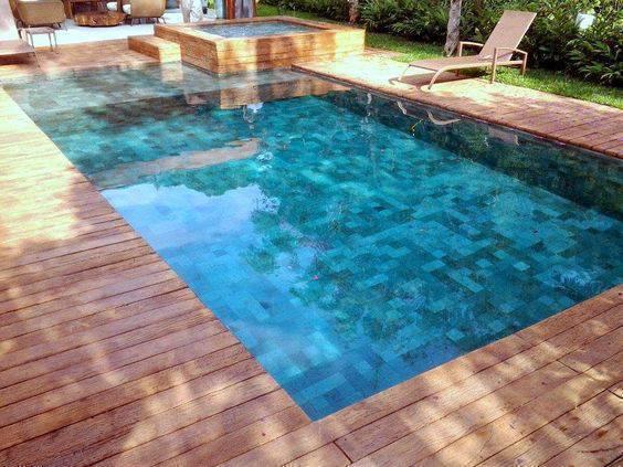 revestimento para piscina - piscina com deck de madeira