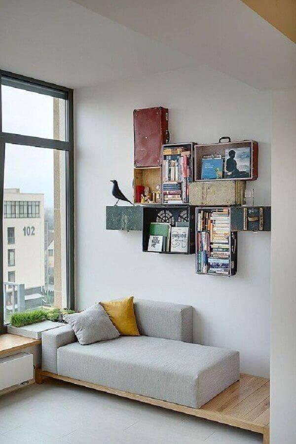 sofá sem braço co base de madeira Foto Decoist