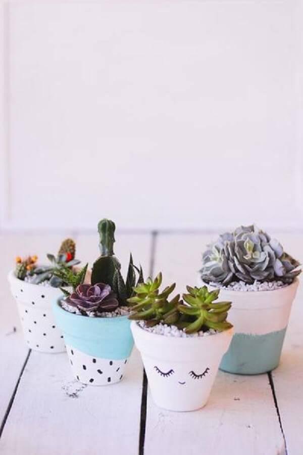 Pinte os vasos de forma criativa e cultive todos os tipos de cactos