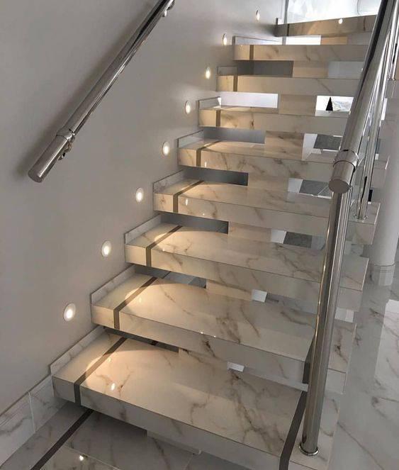 Escada de mármore - escada com spot de led