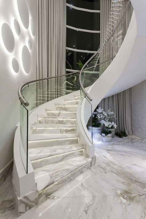 Escada de mármore - escada curva