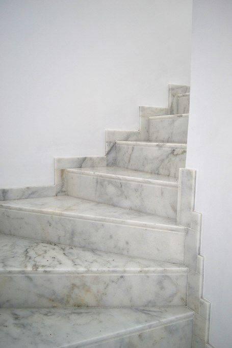 Escada de mármore - escada curva de mármore blanco Ibiza