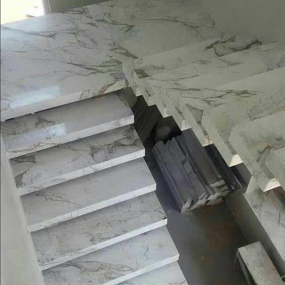Escada de mármore - escada de cima