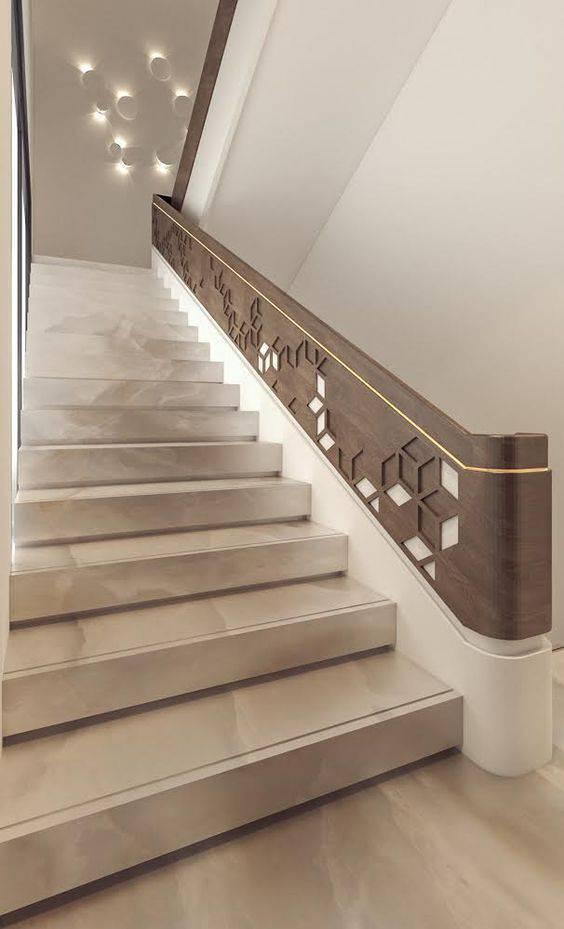 Escada de mármore - escada de mármore com guarda corpo decorado